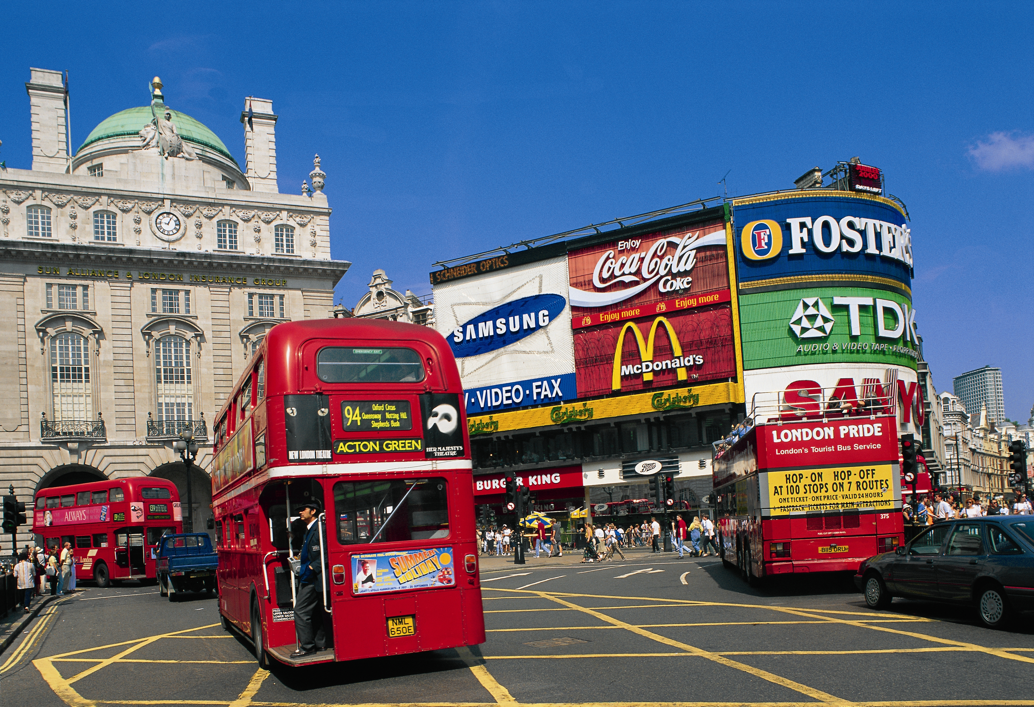 3-londres_picadilly_circus_soldes-janvier_gir16